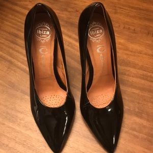 Jeffrey Campbell black patent pumps